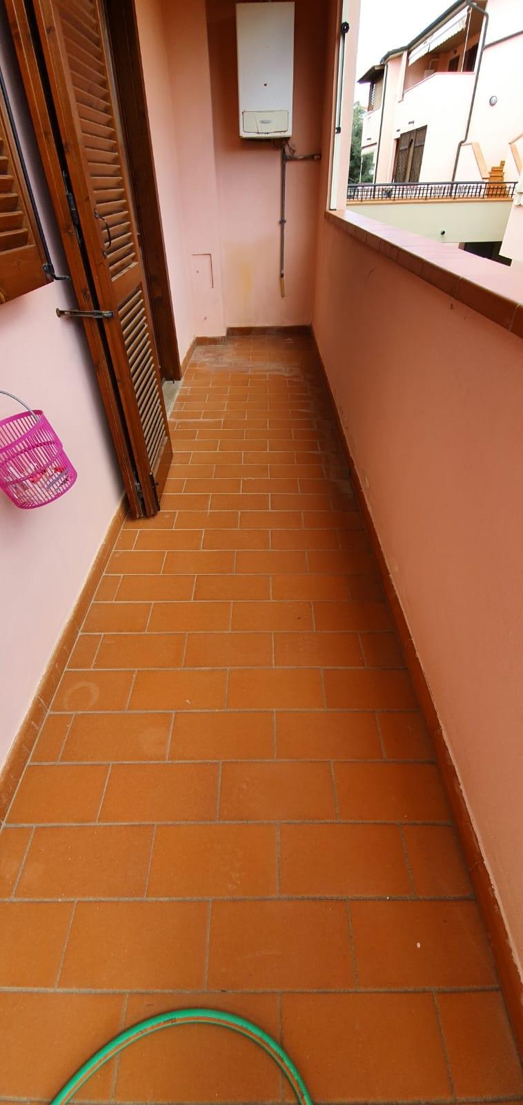 C/06 Grazioso appartamento in Follonica con ingresso ...